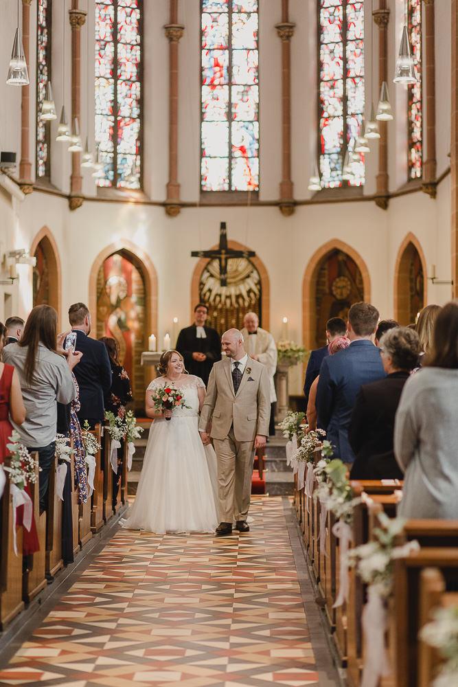Brautpaar Auszug Kirche