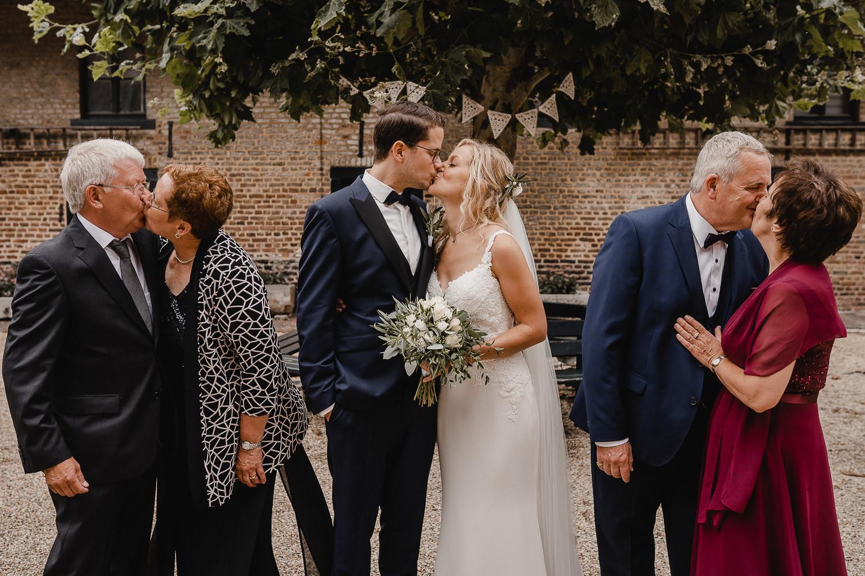 Brautpaar mit Eltern